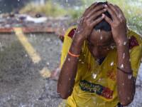 India, afectata in continuare de canicula distrugatoare: peste 1.800 de morti, spitale arhipline si strazi topite. VIDEO