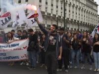 15.000 de oameni au iesit in strada in Grecia, in cele mai mari orase din tara. Pentru ce protesteaza grecii