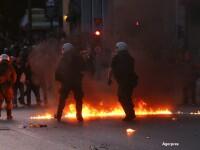 Proteste violente in Grecia dupa adoptarea reformei pensiilor si impozitelor. Expertii vorbesc iar de un faliment al tarii