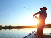 Noi reguli pentru pescari. Trebuie să stea la 10 m distanță, nu au voie să consume alcool și să facă grătar