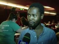 Aproape 2000 de cinefili au umplut centrul Clujului in a treia seara la TIFF. Reactia unui turist din Nigeria