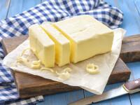 Margarina și mezelurile ar trebui să fie mai sănătoase pe viitor. Lege împotriva grăsimilor trans