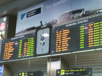Haos si nervi pe aeroporturi dupa greva controlorilor de trafic.