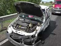 Drumul National 1 a fost din nou scena unui accident grav. O soferita a adormit la volan si a izbit 2 masini pe contrasens