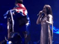Eurovision 2017. Momentele ridiculizate pe Twitter: spectatorul care s-a dezbracat pe scena si coregrafia Romaniei