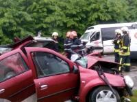 Sapte raniti si un mort, dupa ce un autoturism si un microbuz s-au ciocnit in Cernica