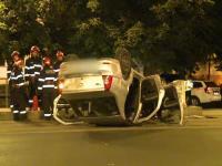 Trei tineri care circulau cu viteza s-au rasturnat cu masina si au ajuns la spital. Ce pagube au produs