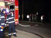 Noapte agitată pentru pompierii din țară. Zeci de oameni, afectați de incendii