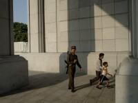 Şase nord-coreeni executaţi pentru că voiau să le vândă cărţi de telefon