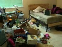 Zece frați, torturați într-o casă chiar de părinții lor. Starea deplorabilă în care au fost găsiți