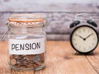 Vârsta standard de pensionare, redusă cu 2 ani pentru locuitorii unor zone afectate de poluarea remanentă