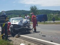 Mașină de poliție în misiune, lovită de un șofer neatent, în Prahova. FOTO