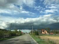 Vin furtunile. ANM anunță Cod Portocaliu și Cod Galben de ploi în zeci de județe