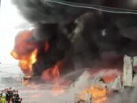 Nor toxic la ieșirea din București. Un centru comercial a luat foc