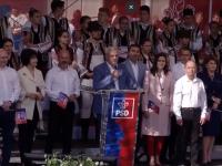 """Dragnea, huiduit la Iași: """"Derbedei umblă pe lângă scenă, sunt plătiţi"""""""