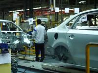 Fabricile Dacia și Ford își reiau activitatea. Regulile pe care trebuie să le respecte angajații
