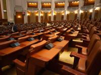 Deputatii dezbat moţiunea simplă