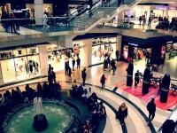 Anunțul lui Ludovic Orban despre deschiderea mall-urilor. Când va fi luată o decizie