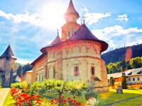 Mănăstirea Putna a devenit focar Covid-19: zeci de călugări au ajuns la spital