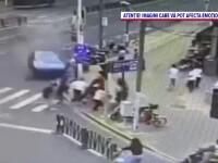 Accident uluitor în Shanghai. Un șofer a intrat cu mașina în pietoni