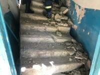 A căzut scara blocului peste ea. Ce a pățit o femeie din Rusia