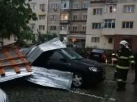 GALERIE FOTO. Furtuna a făcut ravagii în București și alte opt judeţe