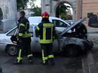 O mașină a luat foc, în Capitală. Nu au existat victime