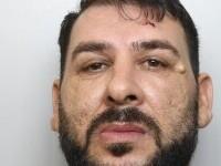 Proxenet român, condamnat în Anglia pentru că și-a torturat partenera și a obligat-o să înghită inelul de logodnă