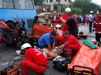 Dezastru pe soselele din Ungaria: un elev a murit si alti 20 au fost raniti