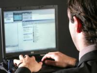 Tinerii banuiti de fraude informatice, retinuti pentru 29 de zile