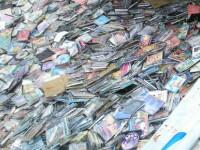 Politistii aradeni au ridicat peste 2.000 de CD-uri din casa unui tanar