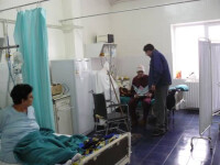 Cei 14 tineri internati cu toxiinfectie alimentara se simt bine