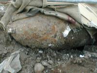 Trei hoti de fier vechi raniti de un proiectil neexplodat dintr-un poligon!