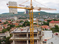 Zeci de milioane de euro, valoarea caselor si terenurilor executate silit