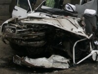 Targoviste: Accident cu o Dacie modificata pentru curse ilegale!