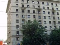Evacuare cu scandal! Proprietarii unui hotel nu-si pot intra in drepturi