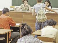 Absolventii de liceu au sustinut vineri proba scrisa la romana