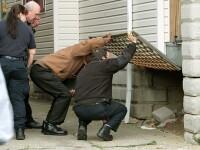 Casa ororilor! Au gasit 6 cadavre in locuinta unui ucigas violator