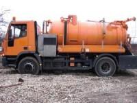 In Dambovita, benzina se fura cu cisterna, de langa jandarmi