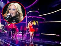 Kylie Minogue, la un pas sa cada in fund pe scena! Video