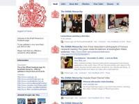 Regina Angliei e tare pe Facebook. Peste 200.000 de