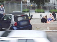 Trucaj? Google Street View a surprins o femeie in timp de nastea pe strada