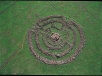 Misterul MEGALITULUI din Israel. Structura antica circulara, construita din 42.000 de tone de piatra