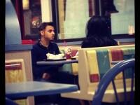 S-au despartit intr-un fast food, iar cearta lor a fost filmata si data LIVE pe net. VIDEO si text