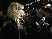 Loredana, alaturi de Uma Thurman si Jessica Alba, la lansarea colectiei Versace