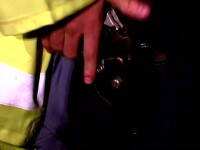 Scandalagiu impuscat de trei ori de colegul politistei pe care a injunghiat-o