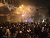 Cel putin un mort si sute de raniti in urma violentelor proteste din Cairo