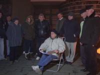 Orasul din Romania unde oamenii ingheata de frig de 48 ore la Primarie pentru un loc de parcare