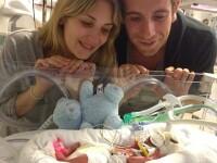 Cum arata dupa un an bebelusul care avea doar 700 de grame cand s-a nascut. FOTO