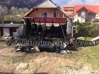 Un profesor universitar a sfarsit intr-un incendiu izbucnit la o cabana din Baile Herculane